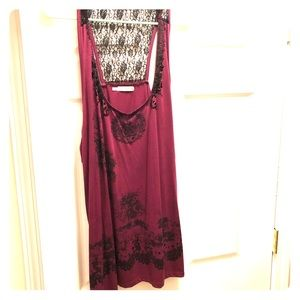Maroon plus size Maurices tank top with accents